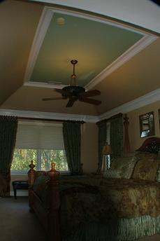 Trey Ceiling and 2-Layer Crown on Wall Perimeter